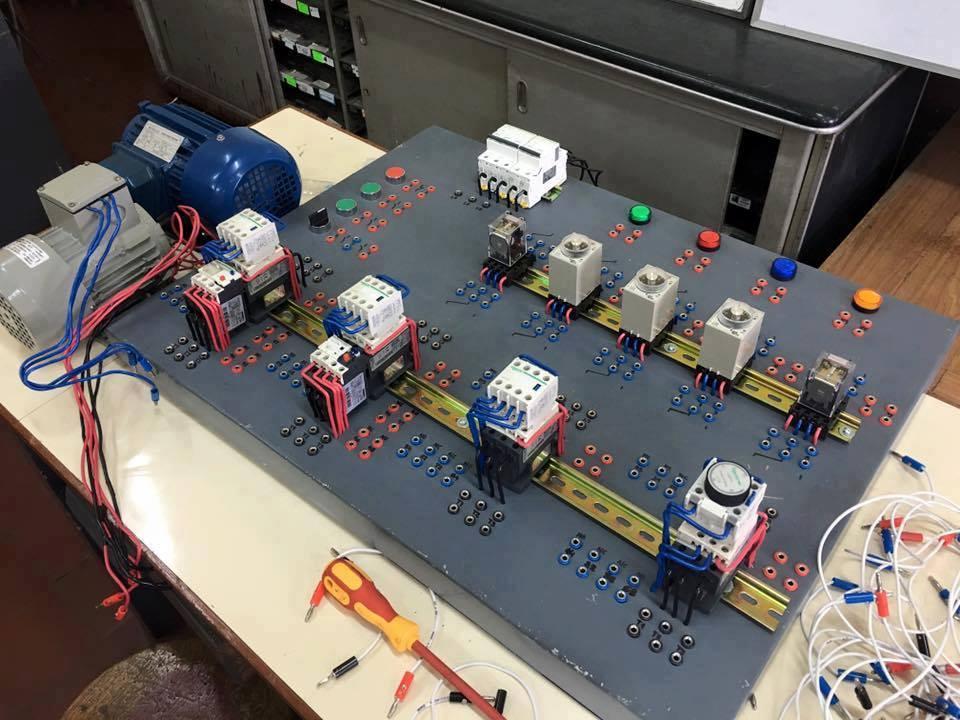 https://electrotec.pe/tienda/curso-electricidad-industrial